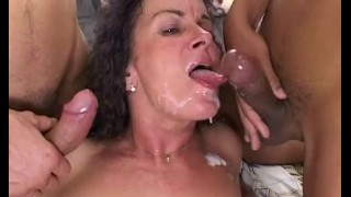 Double penetration call in fat up wake stepmom cock mom