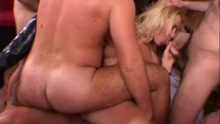 Sperma party 04 Prima parte Directed by Roby Bianchi Riding babe