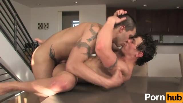 Is jesse marcartney gay Golden gate season 2 - scene 1