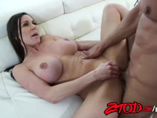 ZTOD – Kendra Lust loves to feel a huge cock!