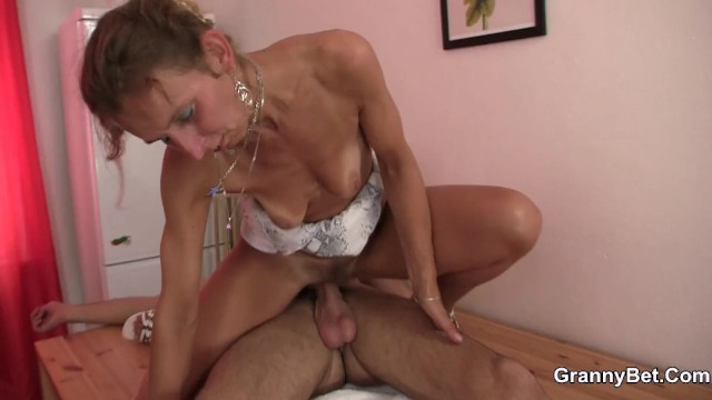 Hot skinny grandma sucks cock - Skinny granny masseuse sucks and rides
