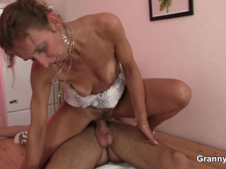 Skinny granny masseuse sucks and rides