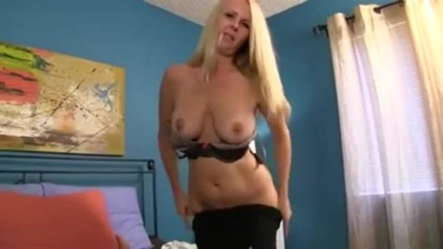 Blow Job While Watching Porn