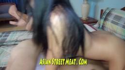 Rings door haar tepels een een lekkere natte vagina in Bangkok