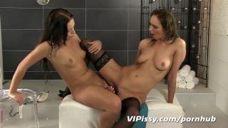 Hot lesbian play pee toys brunette