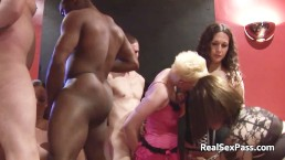 Amateur orgy with shemales and bisexuals - Scene 1