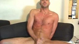 Hetero vendor gets wanked his big cock by a guy in spite of him !
