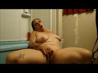 slut wife and mini vibe