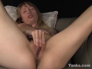 Busty Verronica Masturbating Her Snatch