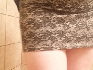 Young office upskirt tight pinky pussy