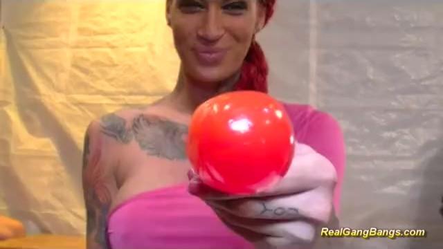 Streaming Gratis Video Nikita busty tattooed in bukakke gangbang
