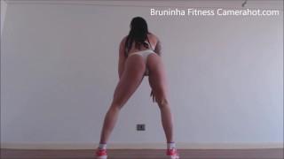 Brazilian big butt Twerking! - #TwerkingButtGirl - Hot big booty shaking