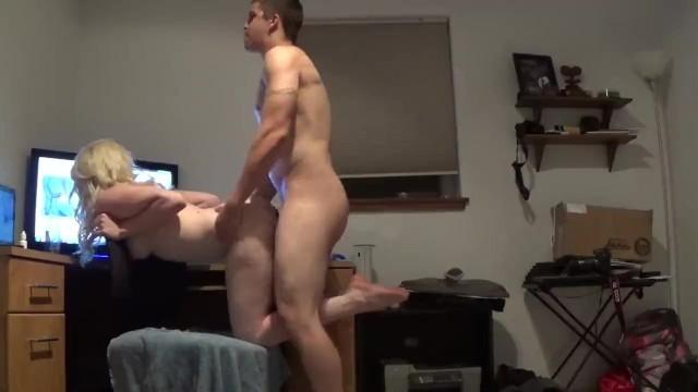 éjaculation précoce porno gay énorme Mésange jouir