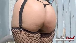 Lynda Leigh Outdoor Smoke Pussy Play Flash Boobs Bum porno