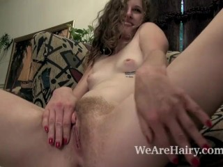 Kiss Montress slowly undresses and shows off body