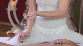 Massage Rooms Horny brunette fucks her clients big cock before creampie