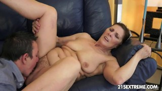 mom and extreme young son sex