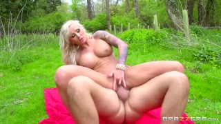 Dirty inked blonde loves anal - Brazzers
