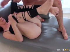 Mandy Muse loves taking it in the ass - Brazzers