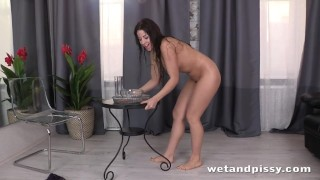 Lady loves in piss hot pantyhose to wet toys