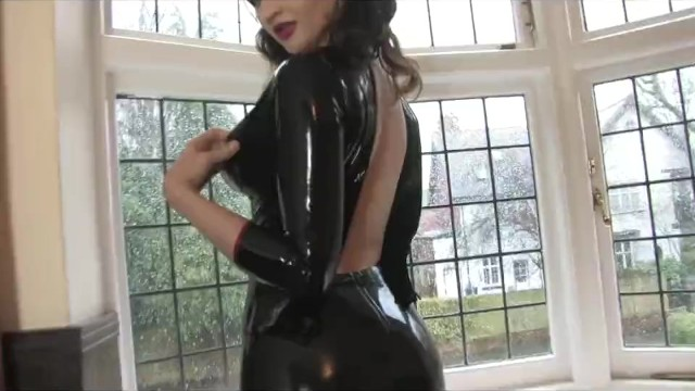 Fetish striptease video - Gorgeous girl does amazing latex striptease