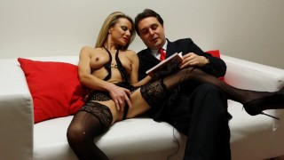 Federica Tommasi opens her vagina for Andrea Diprè
