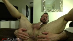 Hugh Hunter's Hairy Muscle Ass at JockMenLive.com