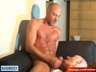 Real sexy straight neighbour gets sucked by a guy on video in spite of him