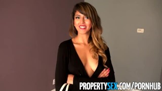 Rental showing landlord tenant fucks hot sizzling at her propertysex propertysex boobs