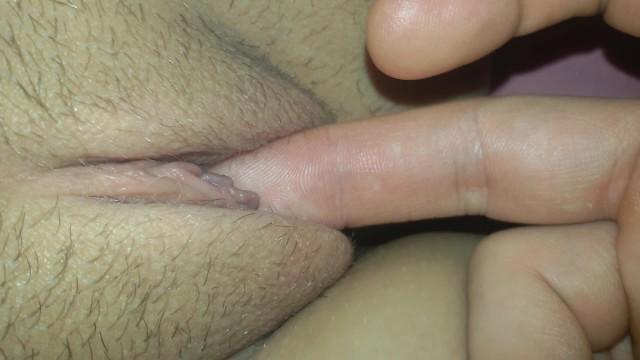Women masturbate fingers - Finger fucking my girlfriend