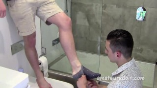 Amateur Bottom Takes Fat Cock