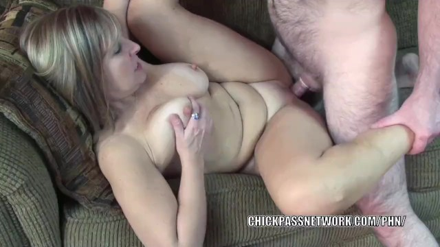 Swinging milf liisa takes a dick in her experienced pussy 5
