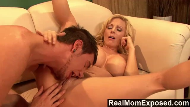 Holly sampson total nude pics Realmomexposed - exchanging milf pussy for a favor