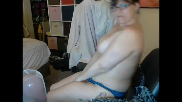 Amateur;Big Ass;Big Tits;Fetish;Exclusive;Verified Amateurs;Solo Female kink, balloons, balloon-popping, butt, chubby, curvy, geek, big-boobs