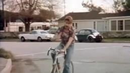 Gordon Grant & Nick Rodgers in Threeway - HOT TRUCKIN' (1978)