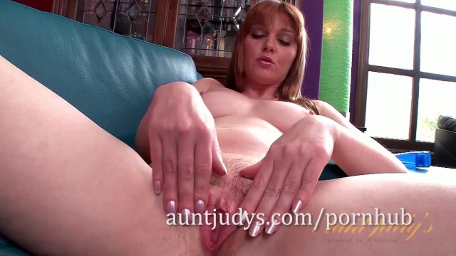 Mature Redhead Marie McCray Rubs Her Sweet Pussy 37