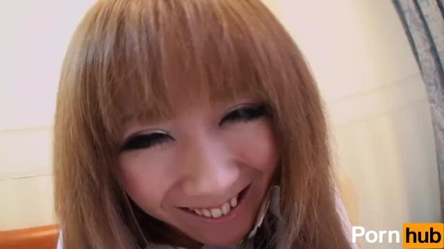 【無修正】制服姿の女子高生と中出しセックス
