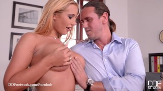 Lucie Wilde and Kyra Hot Fuck the Life out of Tarzan