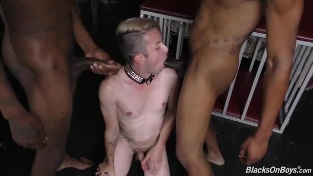 Ragazzi neri con mostro Cocks