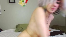 Live Camgirl Anal Plug Play