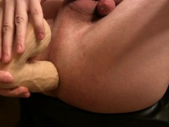First time big plug & big dildo, homemade anal (D6)