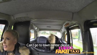 FemaleFakeTaxi Finger-fucking a fit bird Teens hidden