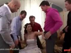 Fresh Marveloos Bride Blows All Her Groomsmen