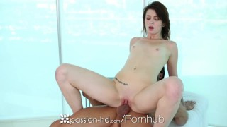 Passion HD Tommy gets Naveen Ora oiled up for her a hot massage