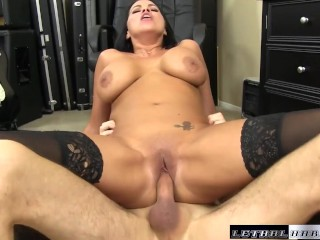 Young Lacie James seduces friend with her big tits and wet pussy