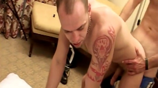 homemade cute twink servicing ugly daddy