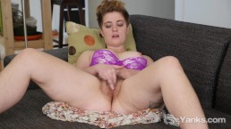 Short Haired Megan Masturbating