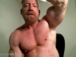 Muscle Master Tom Lord Flexing