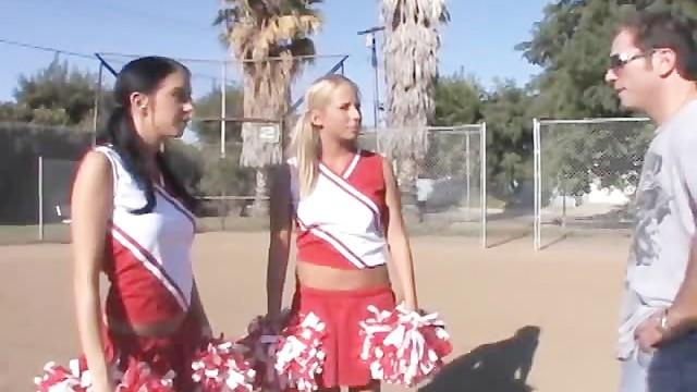 Cheerleader threesome sex hot teen