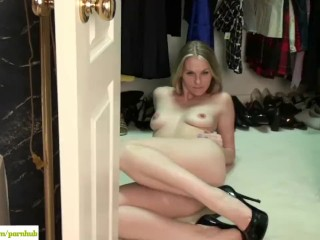 KarupsOW - Ava Michelle Spreads MILF Pussy